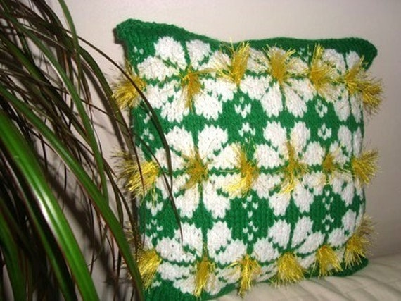 """Hand Knit Pillow Cover Daisy Decor Flower Decor Flower Decorations Pillow 15"""" x 15"""" - Hostess Gift Hostess - st patricks day decorations"""