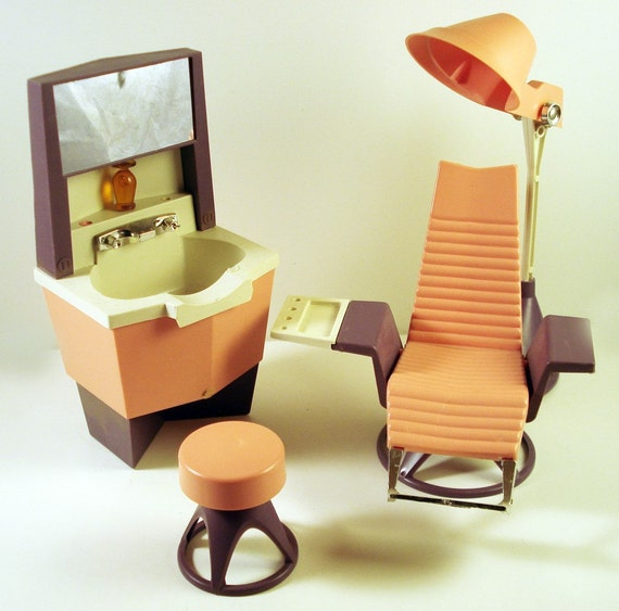 Toy Hair Salon : Vintage dawn doll beauty salon set s