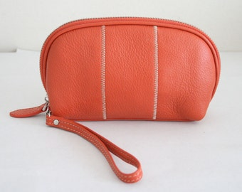 Soft Genuine Pebble grain leather Make up pouch with detachable leather wrist strap
