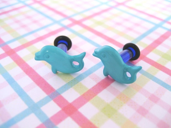 6g 6 Gauge Plug Earrings for Stretched Ear Lobes - Turquoise Dolphins