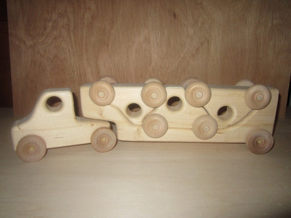 wood, boy, girl, il, truck, car, 1st, wheel, pine, birthday, chicago, durable,Wooden Toy Truck