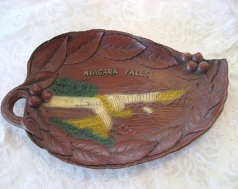 NIAGARA FALLS Buffalo New York Faux Wood Leaf Shaped Souvenir Vintage Decorative Plate