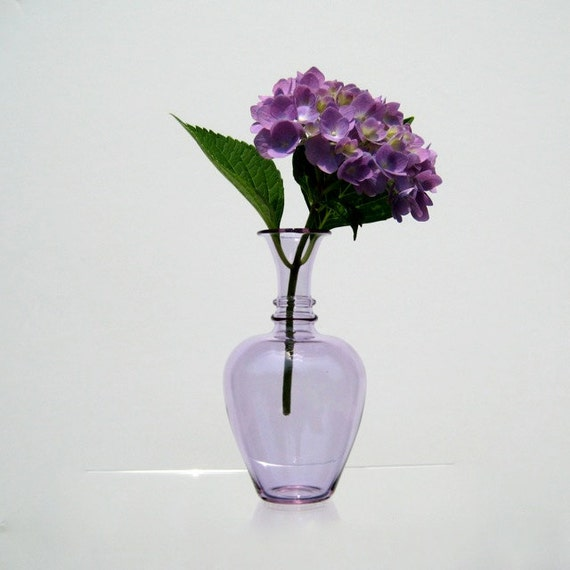 Hand Blown Glass Vase in Lilac