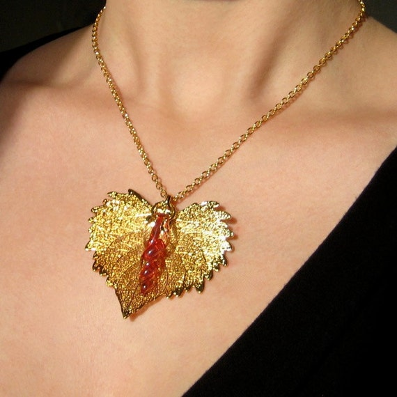 Real Leaf - Gold Leaf and Ruby Twist Pendant