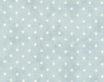 MODA-Essential Dots in soft aqua blue