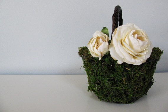 Woodland, Rustic, Garden, Outdoor, Country Wedding Moss Flower Girl Basket Using Eco-Friendly materials Can Customize your colors