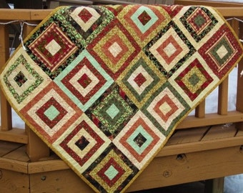 Squares in Squares Quilted Wallhanging
