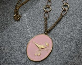 Vintage 70s Retro/Mod Bird Necklace Pink Pendant