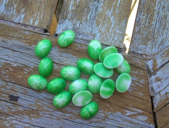 Glass Cabochon Vintage Destash Lot Green Star Sapphire 18x13mm Oval