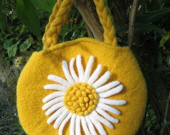 Daisy  - PDF knitted felted bag pattern