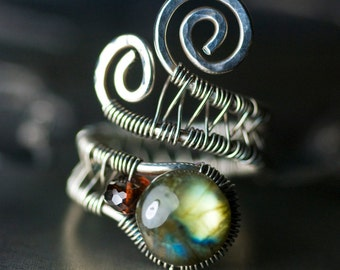 "Labradorite Garnet Ring, Oxidized Sterling Silver Ring, Blue Green Fire Labradorite, Pyrope Red Garnet, Wirework, Iridescent - ""Terra"""