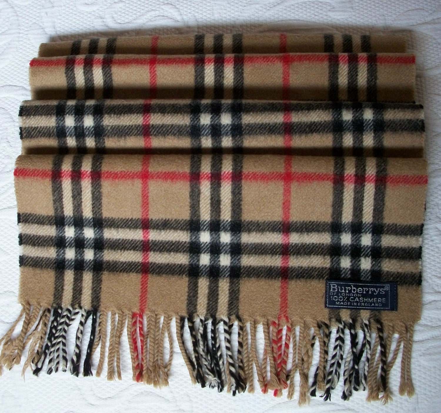 Next To Real Retro S Fake Retro S: Vintage Burberry Scarf 100% Cashmere