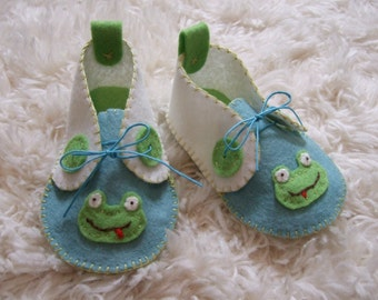 White, Blue and Green Frog Felt Baby Shoes - Can Be Personalized