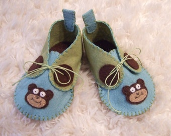 Brown Bear Felt Baby Shoes - Can Be Personalized