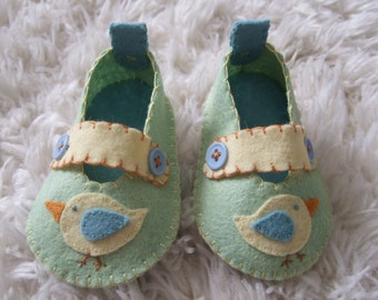 Pale Green Mary Janes with Yellow Birdies - Felt Baby Shoes - Can Be Personalized