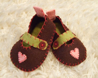 Chocolate Brown Felt Mary Janes with Appliqued Pink Hearts - Felt Baby Shoes