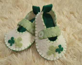 St Patricks Day Baby Shoes - Felt Baby Shoes - Can Be Personalized