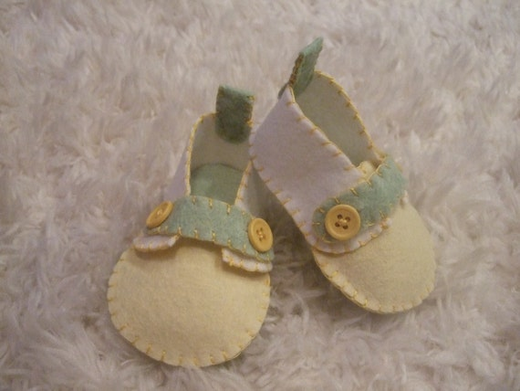 Creamy White and Pale Yellow Loafers - Felt Baby Shoes - Can Be Personalized