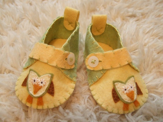 Hooty Owl Slippers - Baby Loafers - Felt Baby Shoes - Can Be Personalized