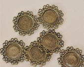 Set of 4.... Antique Brass Base Metal Circle with Filigree Connector..Cameo Cab Extra Fancy Frame Settings...Circle round 13mm  25mm
