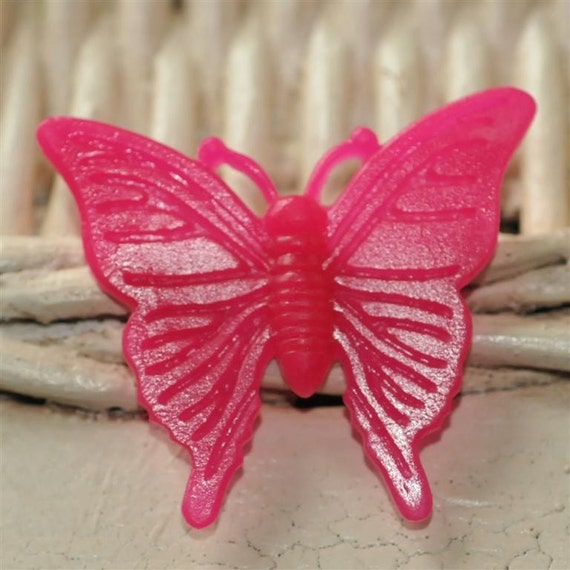 Medium Resin Butterfly Cabochon Hot Pink....37mm Poppy Exclusive