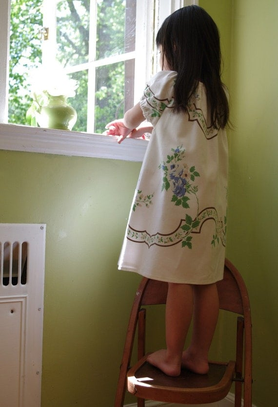 3T Girls Vintage Tablecoth Dress- Heirloom Floral Little Girl Dress- Cream Blue & Green Floral- Recycled- Ecofriendly