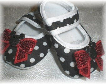Baby Crib Shoes, Baby Girl Shoes, Minnie Inspired Polka Dot Mary Janes with Sequin Bow...You Choose Size 0-3, 3-6, 6-12 Months