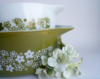 Vintage 1970s Pyrex Spring Blossom Casserole Dishes