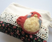 NEW Vintage styled floral coin purse with felted bird