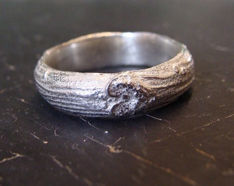 Heart Branch Wedding Band