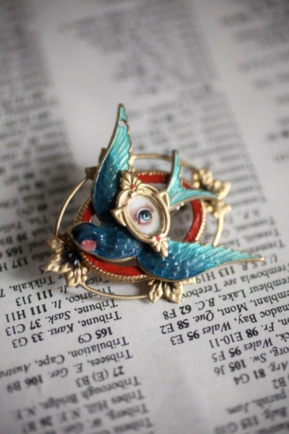 The Mab Mocking Jay - Eye Candy brooch -  by Mab Graves