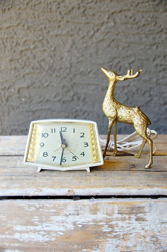 Vintage Mid Century Gold and Cream Electric Alarm Clock by GE, WORKS
