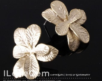NP-886 Matt Gold plated, Flower earring, 925 sterling silver post, 2pcs