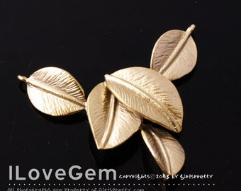 NP-949 Matt Gold plated, 5-Leaves pendant, 2pcs