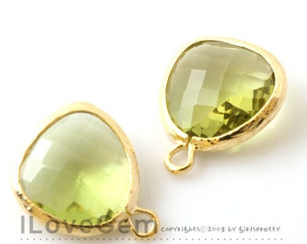 SALE/ 10pcs / Gold plated, Peridot Green, Glass fancy rosecut 12.5mm