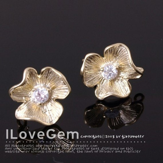 P1004 M.Gold-plated 1-Cubic zirconia Flower earring, 925 sterling silver post, 2pcs