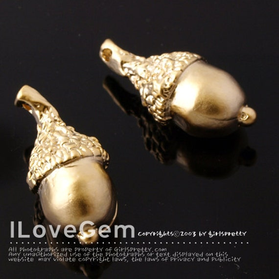 NP-1140 Matt Gold plated over Pewter, Acorn, charm, 2pcs