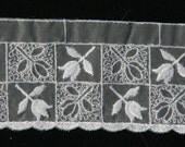 1 yard -by-the-yard - 2 1/2 inches wide - VENISE - Lace TULIPS On Organza - WHITE-N003