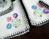 4 Tea Napkins on Natural Linen - Embroidered Florals and Blanket Stitched Edges 5670