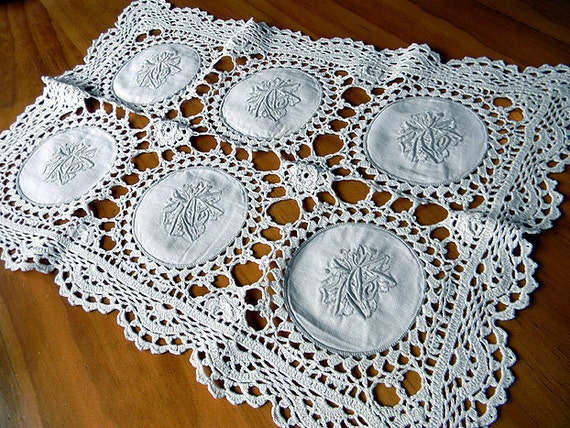 Short Vintage Crochet Table Runner or Centerpiece - Machine Embroidered 7007