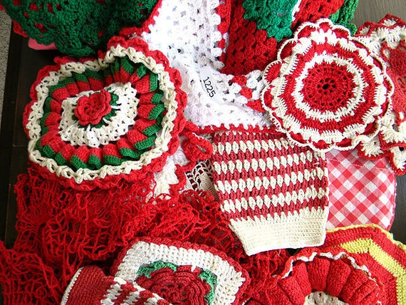 30 pc Vintage Bulk Crochet Christmas Crochet Items - Potholders Doilies Tablecloth 6089
