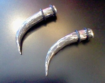 Hand forged stainless steel Claw - 00 gauge Primitive