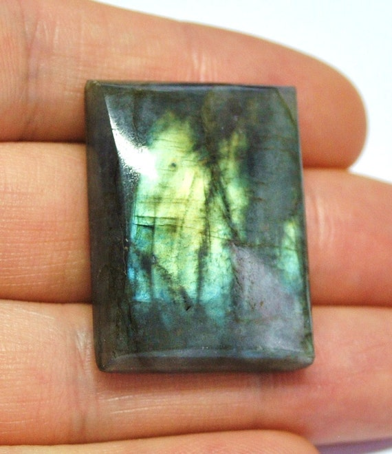 Labradorite Gemstone Cabochon, Rectangle - 33.0 x 24.6 x 8.1 mm - 70.5 ct - 120515-17