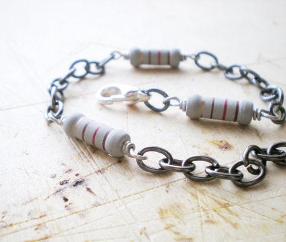 Gun Chain Metal - Mens Chain Bracelet - Men Bracelet Black and Grey  - Resistor Geekery Bracelet for Him and Her - Unisex Bracelet- Chain