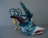 Bird in Hand HIgh Heel Sculpture