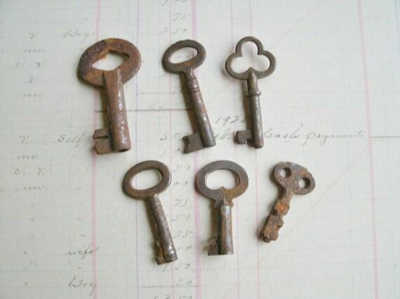 Rusty Skeleton Keys 6 Vintage Keys