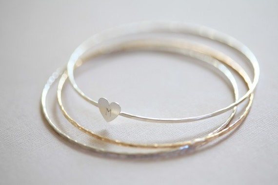 Small initial heart stacking bangles - set of 3 hammered bangles - personalized bracelet initial bangle