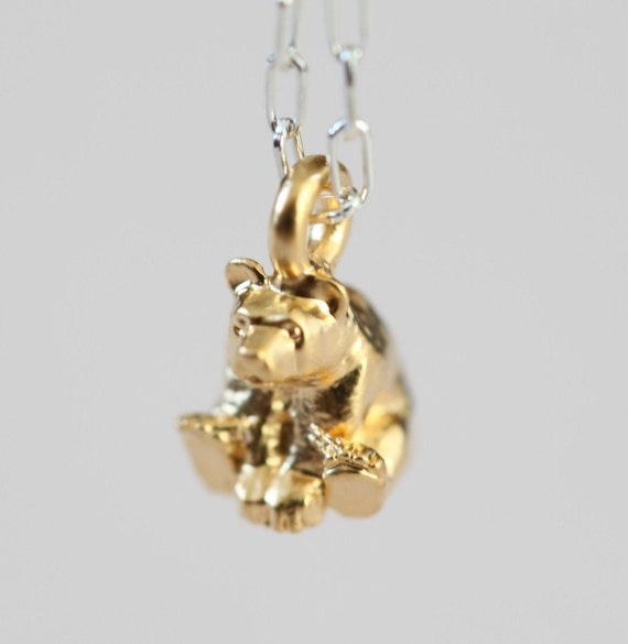 Bear necklace - dainty jewelry