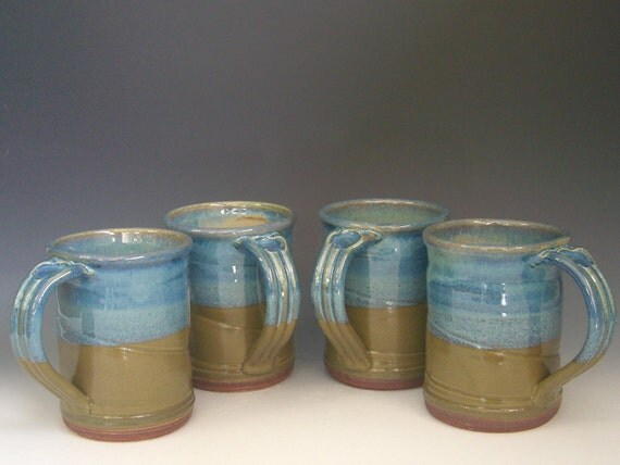 Hand thrown stoneware pottery large size mugs set of 4