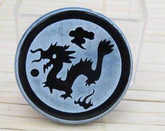 Tibetan dragon etched black onyx  disc bead - Great for making a pendant - BD162